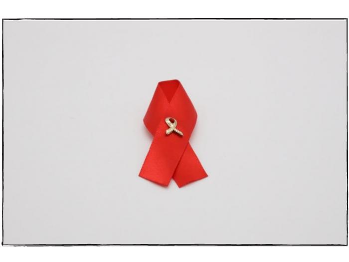 Double Ribbon Pin